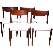 Set Of 4 Dining Room Chairs by Nice Set Of 4 Dining Chairs Design By Poul Volther For Frem Rojle