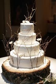 tree stump cake stand rustic wedding cakes ideas creative ideas