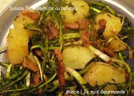 cuisiner le pissenlit un classique délicieux salade de pissenlit aux lardons mince