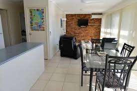 beach house holiday apartments port macquarie australia