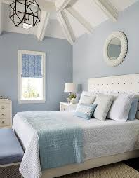 benjimin moore white and blue bedroom with diamond pattern rug transitional