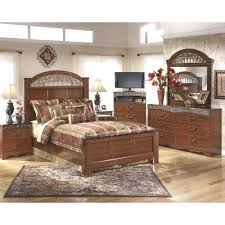 Ashley Greensburg Bedroom Set Ashley Furniture Fairbrooks Estate Poster Bedroom Set Orlando