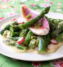cuisiner des rougets salade d asperges vertes aux rougets les meilleures recettes de