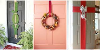 Christmas Decorating Front Entrance by 5 Best Christmas Door Decorations How To Decorate Your Door For