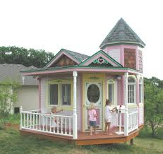 Backyard Clubhouse Plans by Pink Playhouse Playhouses Diy Playhouse And Playhouse Plans