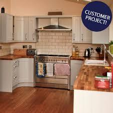 cream kitchen tile ideas cream kitchen worktop ideas what colour tiles with cream kitchen