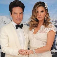 richard marx and daisy fuentes get married again host a reception