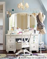 makeup dressers makeup vanities makeup dressers pbteen rooms
