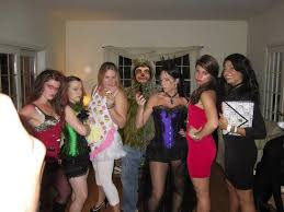 Halloween Costume Ideas With Friends This List Of Group Halloween Costume Ideas Will Blow Your Mind