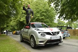 nissan juke owners club nissan juke rs sets two wheel driving world record at goodwood