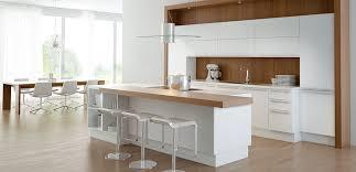 Esszimmer Landhaus Gebraucht Die Küche Im Landhausstil Küche Mit Kochinsel Landhaus