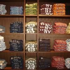 United States Bookshelf Ruehl No 925 Closed Women U0027s Clothing 27506 Novi Rd Novi