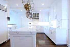 kitchen cabinets with white quartz countertops white cabinets with marble looking quartz countertop
