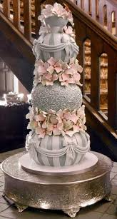 unique wedding cakes best 25 unique wedding cakes ideas on engagement