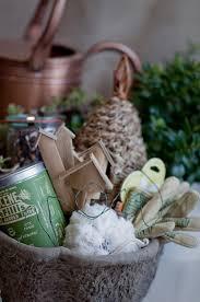 mother u0027s day gift ideas gardening gift basket elizabeth anne