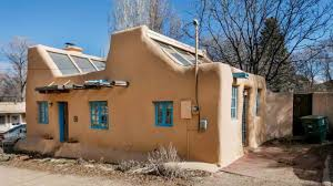 santa fe style homes a pueblo style solar house in santa fe new mexico youtube