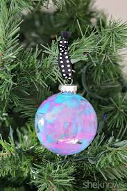 pretty diy melted crayon christmas ornaments