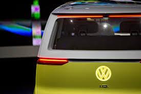 kombi volkswagen 2017 así sería la nueva combi de vw eléctrica y con piloto automático