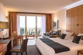 chambres d h es de luxe chambre deluxe vue jardins hôtel les flamants roses