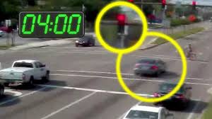 what is considered running a red light drivers beware the dangers of running red lights video abc news