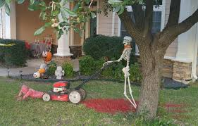 images of lawn halloween decorations 125 cool outdoor halloween