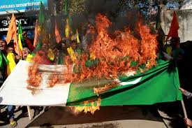 Flag Burning Protest Ap Explains 70 Years Of India Pakistan Tensions Unresolved News