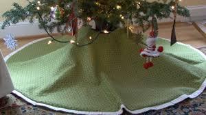 how to make a custom tree skirt monkeysee