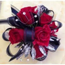 Red Prom Corsage Prom Flowers Mebane Nc Florist Gallery Florist And Gifts Inc