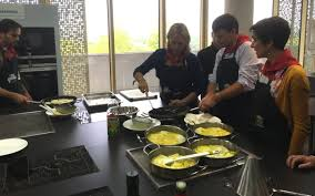 cours de cuisine pays basque séminaire gastronomique sébastien transporteur erronda