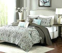 Geometric Coverlet Paisley Quilts And Coverlets Paisley Quilts And Coverlets Full