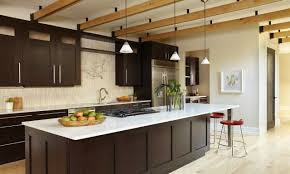 kitchen cabinets with bar pulls