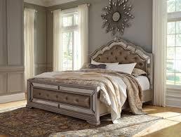 ashley bedroom amazon com ashley birlanny mirrored panel bedroom set queen king