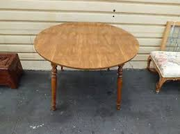 Vintage Ethan Allen Maple End Table - Ethan allen maple dining room table