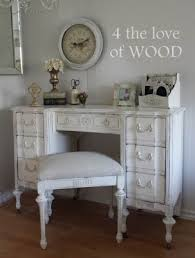 Distressing Diy by 4 The Love Of Wood Sanding Or Wet Distressing Diy Chalk Painted