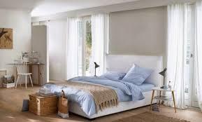 chambre familiale disneyland hotel décoration chambre classique chic 82 etienne 03220714