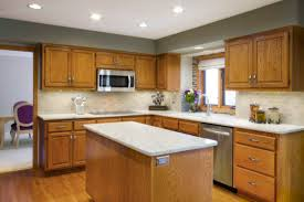 what paint colors go well with honey oak cabinets 11 most fabulous kitchen paint colors with oak cabinets