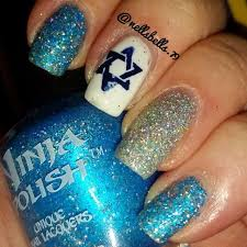 hanukkah nail 22 best hanukkah nails images on manicures christmas