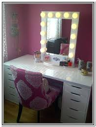 vanity table with lighted mirror and bench vanity with mirror and chair vanity table with lighted mirror and