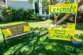 Diy by How To Home U0026 Family Diy Lemonade Stand Hallmark Channel