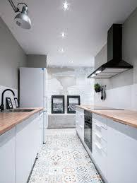 Bloc Kitchenette Ikea Cuisine Design Avec Ilot Central Blanche Et Grise Implantation En