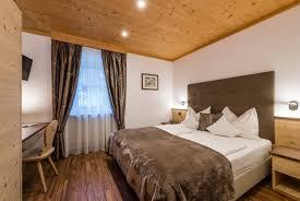 Bodenheizung Schlafzimmer Apartments Für Ihren Urlaub In St Ulrich Gröden Im Sonnigen