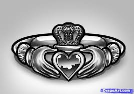 clatter ring how to draw a claddagh ring claddagh ring tattoo step by step