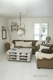 Living Room Pallet Table Best 25 Palette Coffee Tables Ideas On Pinterest Palette Table