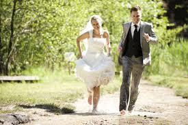 unique wedding photos unique wedding photography articles easy weddings