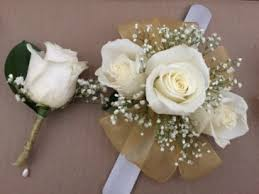 where can i buy a corsage and boutonniere for prom prom special corsage and boutonniere for 30 00 in marysville wa