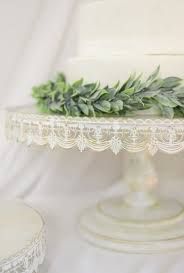 cheap wedding cake stands best 25 metal cake stand ideas on pinterest cake stands uk