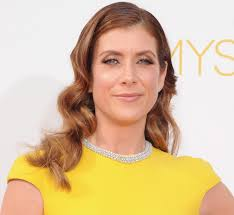 kate walsh opens up about her brain tumor u0026 how she chose a doctor