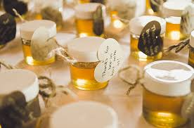 wedding guest gift ideas cheap 4 wedding favor ideas