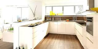 cuisine bois et blanc laqué cuisine bois design 3 cuisine ikea blanche 2018 avec cuisine