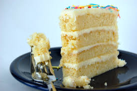 white chocolate birthday cake u2013 week 25 thelittlebluemixer
